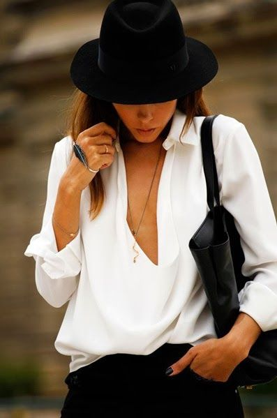 the white silk blouse | timeless classic which can be worn with everything! Classy and sophisticated