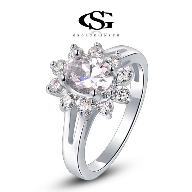 Zeer Luxe Klassieke Statement Ring met Grote en Kleine Zirkonia Kristallen in de vorm van een Sneeuw kristal