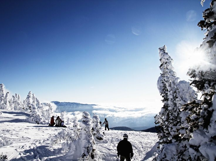 EXECUTIVE LIFE 25 Mountains Everyone Should Ski In Their Lifetime From ritzy Snowmass in Aspen, Colorado, to the steep terrain of Cerro Catedral in Argentina, here are 25 mountains that all skiers and boarders should visit in their lifetime.  www.ikh.villas  #ikh#ikhvillas#ski#mountain