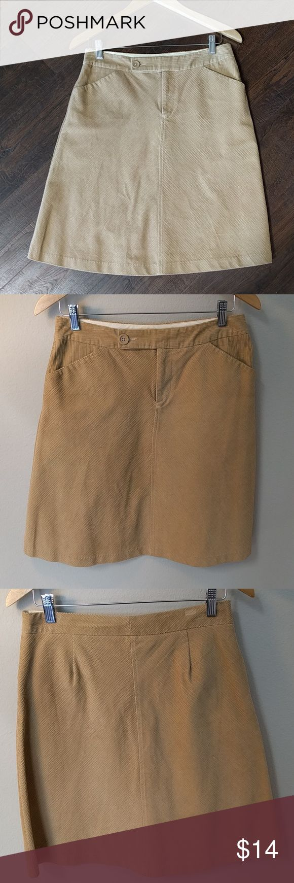 Classy gap skirt SALE Sale $12 until March 29th. Corduroy camel in color cut on the a line, looks amazing with black or brown riding boots. GAP Skirts