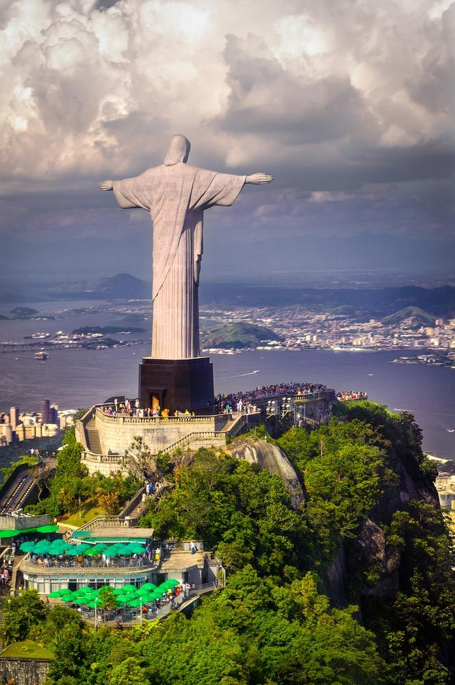 Best Corcovado Images On Pinterest Christ The Redeemer - Guy takes epic selfie top christ redeemer statue brazil