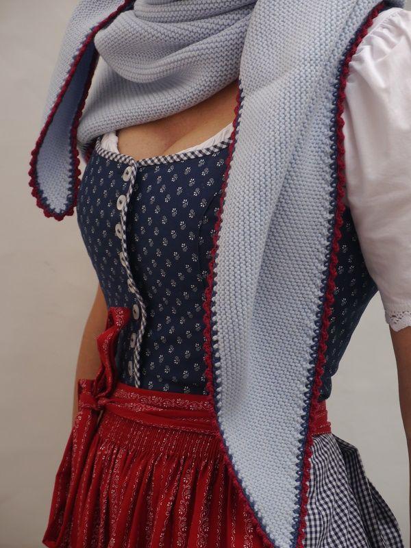 Die feinen Trachtentücher von DreiTracht sind durch ihr Design und ihre Qualität eine Freude für Auge und Haut.