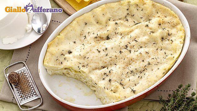 Le #LASAGNE ALLA RICOTTA sono un primo piatto davvero insolito, dal sapore delicato e molto gradevole al palato.  Varianti e aggiunte: tartufo oppure salmone oppure gorgonzola