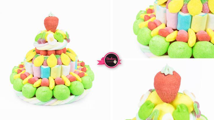 Découvrez le tutti frutti! Un gâteau de #bonbons haut en couleur en saveurs. Composé de fraise #tagada haribo, chamallows et fruits en bonbons, il satisfera petits et grands gourmands.