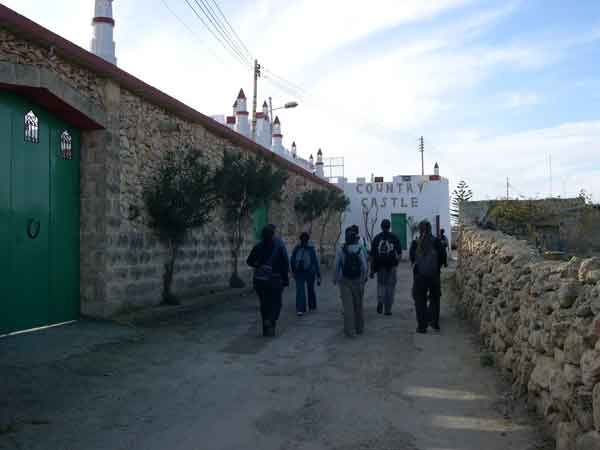 52 We took the side streets to travel between Hal-Ghaxaq and Santa Lucija