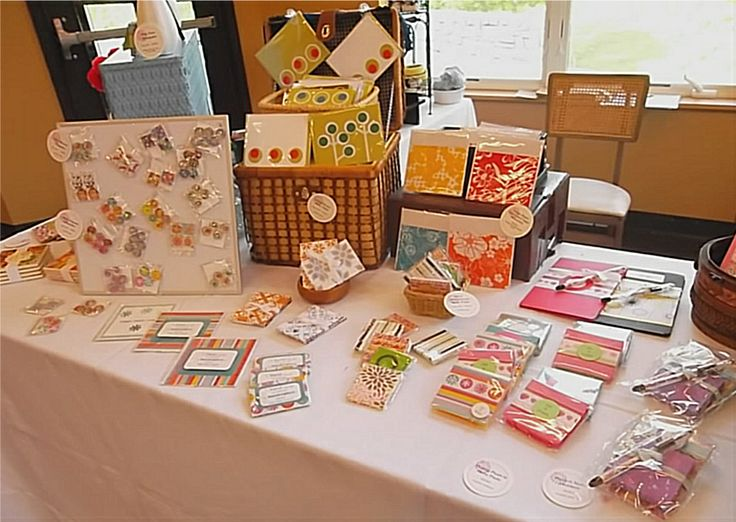 Great craft booth displays paper making your craft for Profitable crafts