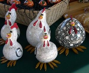 Google Image Result for http://www.karensgardentips.com/wp-content/uploads/garden/2009/10/a-painted-gourds-300x246.jpg