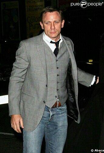 Mr.Daniel Craig