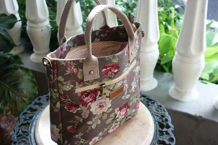 Zaputni Crossbody Bags - sweet rose