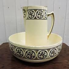 Les 13 meilleures images propos de vasque sur pinterest for Vasque ancienne en porcelaine