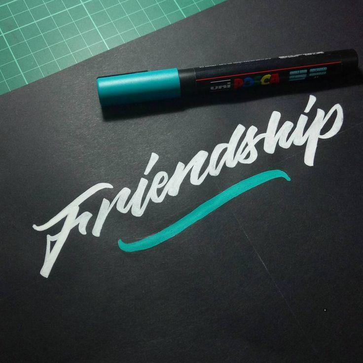 "Apa arti persahabatan? Apa pula arti pengkhianatan? Apakah sahabat baik akan mengkhianati sahabat sejatinya? Ternyata saya bukan sahabat yang baik. Saya telah mengkhianati teman terbaik. Saya harus memilih, sahabat sejati atau kebenaran. Betapa keserakahan bisa mengubah orang lain menjadi lebih dari hewan buas. Selamat jalan, Sahabat, semoga besok lusa kita kembali bertemu, dan engkau tidak lagi membenciku . ""Juz Kedua. Tentang Persahabatan. Tentang Kamu, Tere Liye"""