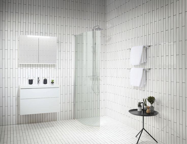 Små badrum är vanligt förekommande och ställer lätt till med huvudbry. Här följer ett par tips på hur du utnyttjar utrymmet i små badrum maximal.