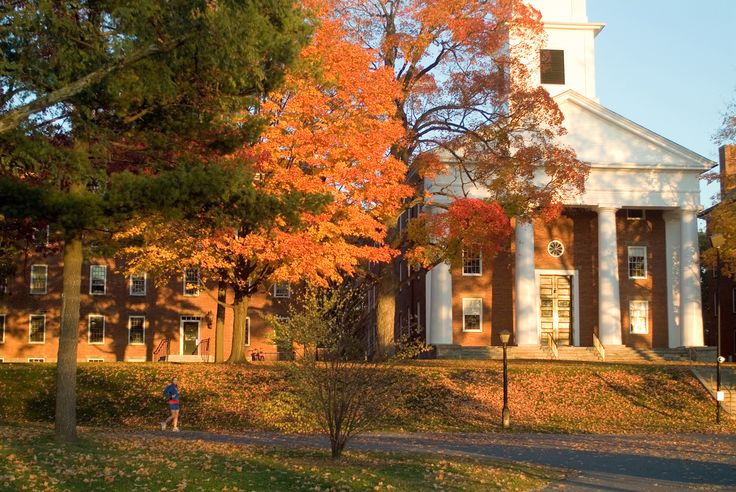 Amherst_College_Campus_Fall