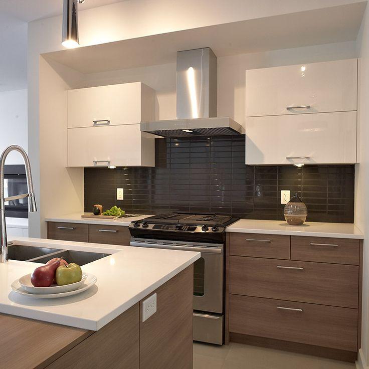 Cuisine style contemporain avec tiroirs de mélamine et armoires murales en thermoplastique
