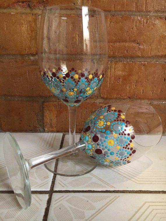 Diy Wine Glasses Using Sharpies Fabtastic Eats Diy Wine Glasses Sharpie Crafts Diy Wine