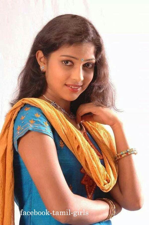 16 Årig Tamil Pige Foto