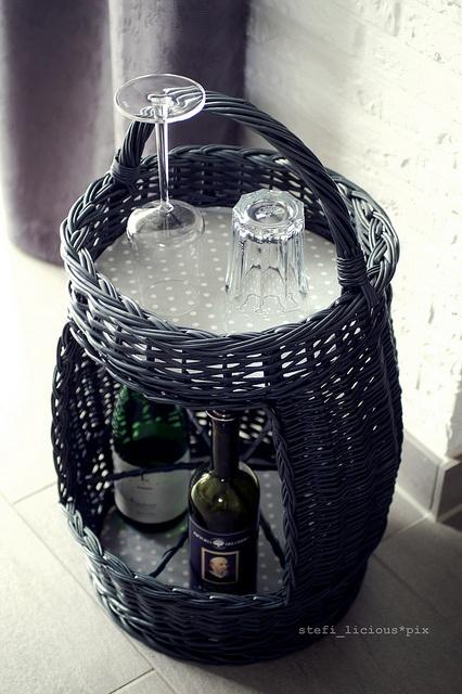 basket for beverages