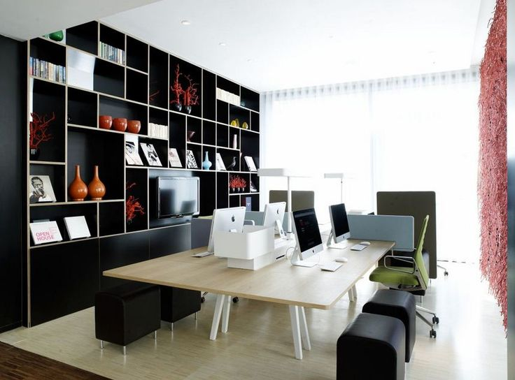 Why should clean work table? Hygiene personal self becomes part of one's overall appeal. Including the cleanliness of your desk.