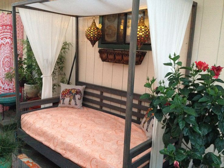 Ana White | Outdoor Daybed With Canopy   DIY Projects