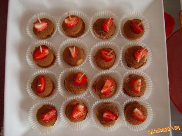 jahodove tiramisu jednohubky