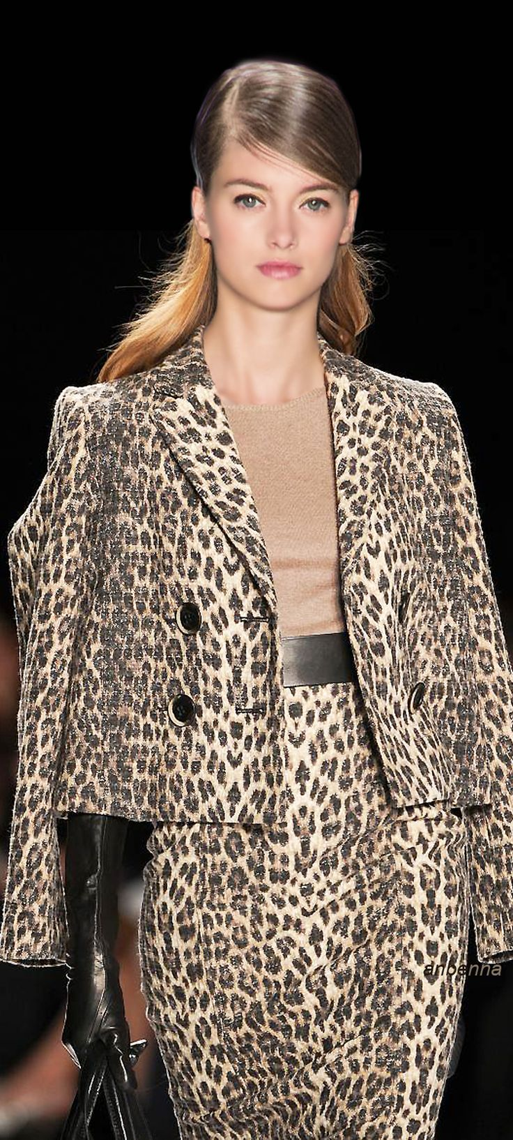 ♡✿PM. /. I love the shape, but I'll never be able to like animal prints