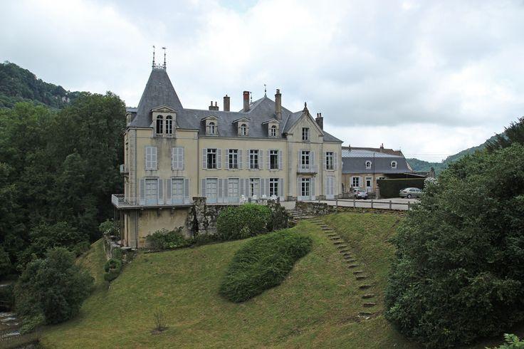 vaux sur Poligny chateau