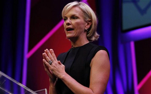 Elisabeth Murdoch distances herself from family - Telegraph