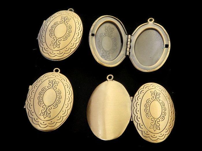 ROV -02 Relicario o guardapelo en oro viejo, medida 4x2.8cm, único precio Oferta Oferta $7pesos x pieza, x $5 pesos mas llévate la cadena con broche para tu relicario
