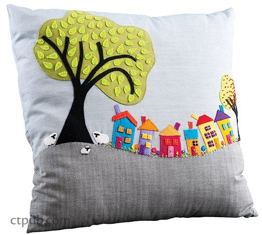 Tutorial and pattern: Wee Village Town Pillow | Sewing | CraftGossip | Bloglovin'