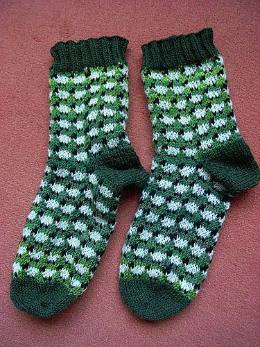 Ravelry: Sheep socks pattern by Sandra Jäger