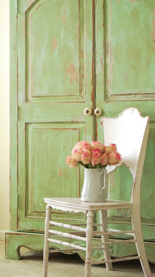 Shabby Chic Chippy Patina - White Lace Cottage: