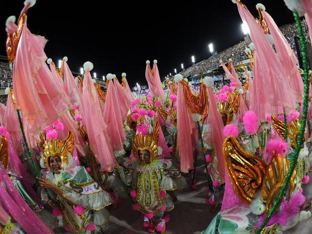 Carnaval 2012 - Uma das alas do desfile da Mangueira, Sambódromo do Rio de Janeiro.