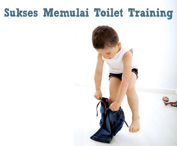 Untuk memulai toilet training, Bunda dapat memulai dengan meninggalkan popok dan membiasakan si kecil buang air kecil dan buang air besar di toilet. Caranya? Klik link di atas untuk innformasi lengkapnya