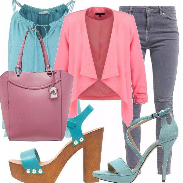 Top light torquoise, jeans skinny grey, blazer rosa corallo, due opzioni di…