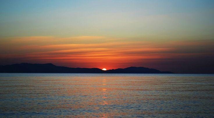 Sunrise... Psaropouli beach, Vassilika, Greece