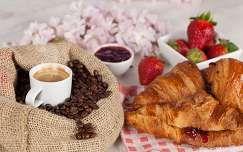 eper ital kávé gyümölcs édesség lekvár