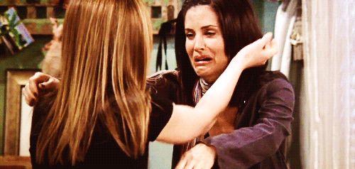 """10 coisas que você deveria dizer para a sua melhor amiga  10. """"Eu te amo, tá?"""" Ela, provavelmente, já sabe. Mas não custa nada relembrar, né? <3"""