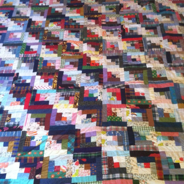 Log cabin quilt: Logs Cabin Quilts, Log Cabins, Log Cabin Quilts, Quilts Ideas, Quilts Passion