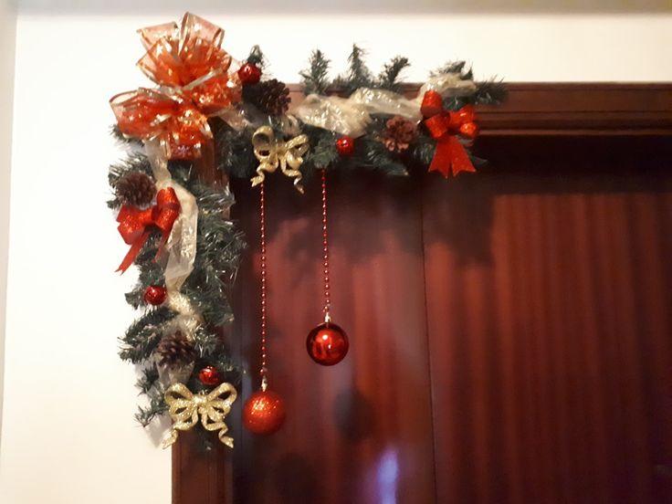 Oltre 25 idee originali per porta natalizia su pinterest for Decorazione natalizia per porta
