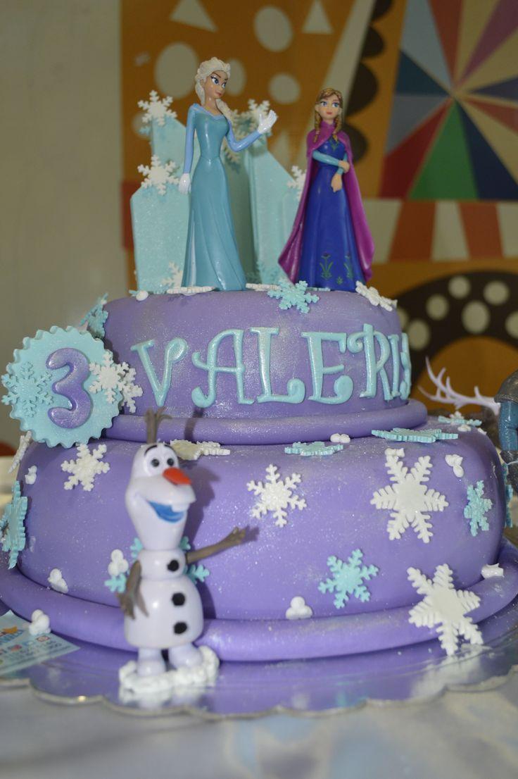 Celebra tu cumpleaños con tus personajes Favoritos. Elsa y Ana vuelcen a ser protagonistas. #VainillaMaravilla #bucaramanga #Frozen #frozencake #Elsa #Ana #Disney