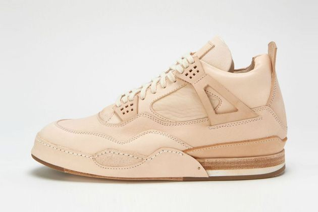 In sneakers, there are resellers, and then there are re-makers. Falling under the latter category, Hender Scheme has just released the latest installment in the brand's series of classic remakes, re-i....
