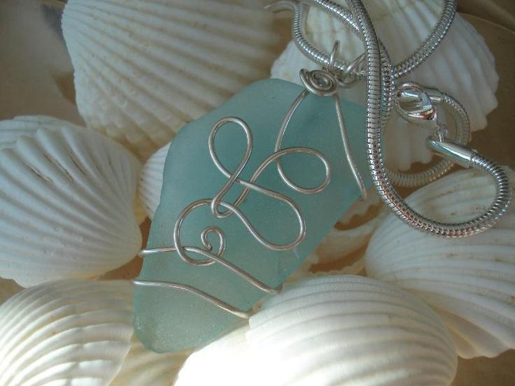 Sea glass pendant: Wire Wraps Jewelry, Glasses Jewelry, Baby Pandas, Glasses Pendants, Wire Work, Wire Wraps Sea Shells, Seaglass, Sea Glasses, The Sea