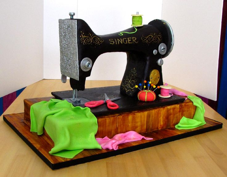 17 Best Images About Sewing Machine Cake On Pinterest
