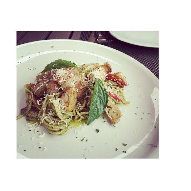 Love my pasta..#spagetti #pesto #veggies