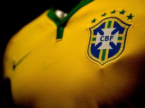 Fotos e Preço da Camisa da Seleção Brasileira da Copa 2014