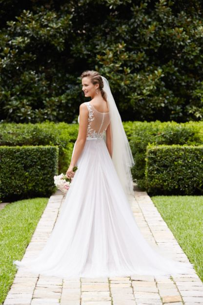 Hayley Paige | StyleMePretty | Lookbook