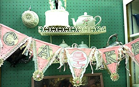 Brag Monday - French Franc Flower Pot & Cake Pennant Banner - The Graphics Fairy