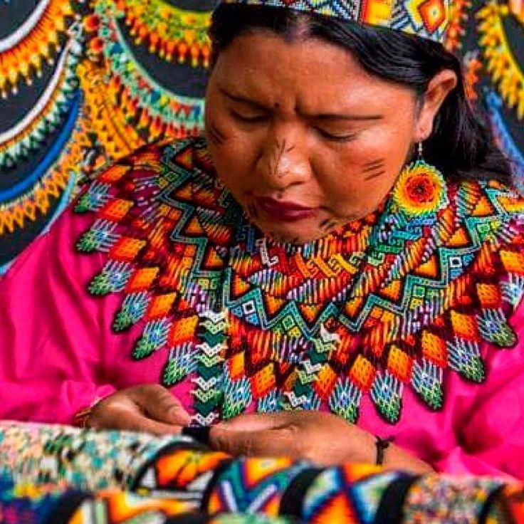 The representatives of the Embera tribe with whom we cooperate are currently exposing their art at a fairtrade fashion show in Colombia, but ... simultaneously working in our Polish KICKSTARTER offer for you. Stay tunned & learn more about the rewards soon! #luloplanet #kickstarter #polakpotrafi #fairtrade #bijouxlovers #mostacilla