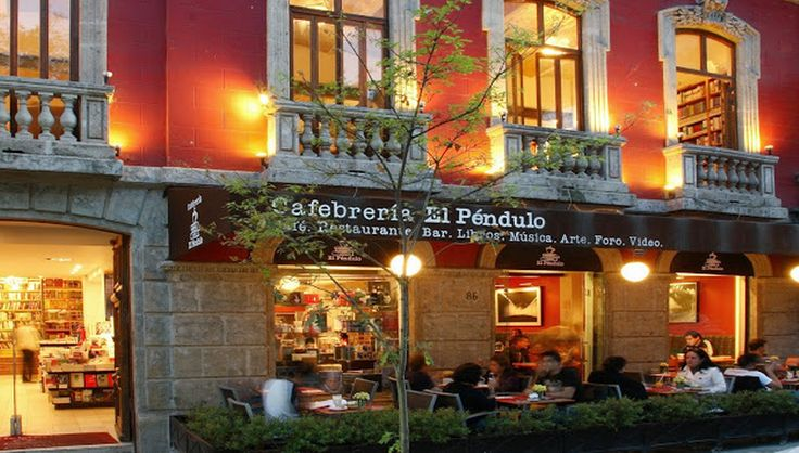 Book appeal: Anywhere where they allow you to eat, drink mojitos, and read is pretty fantastic, in my opinion. Plus Cafebrería El Péndulo also offers outdoor seating, and enough natural light and vegetation to make you feel like you're not in a bookstore at all.