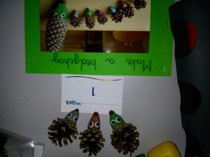 Angielski dla dzieci - jeżyki z szyszek